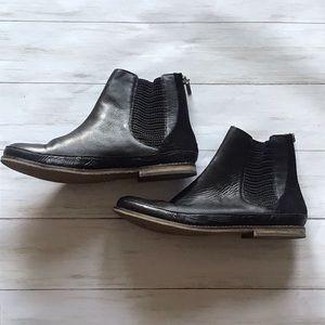 The SAK Black Women's Jillian Boot Size 9